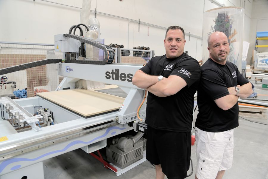 Acrylic Tank Manufacturing Shines With Stiles Solutions