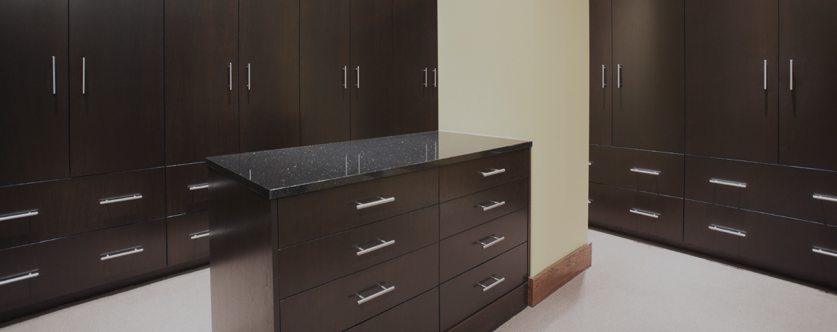 Closets cabinets residential stiles machinery for Residential cabinets